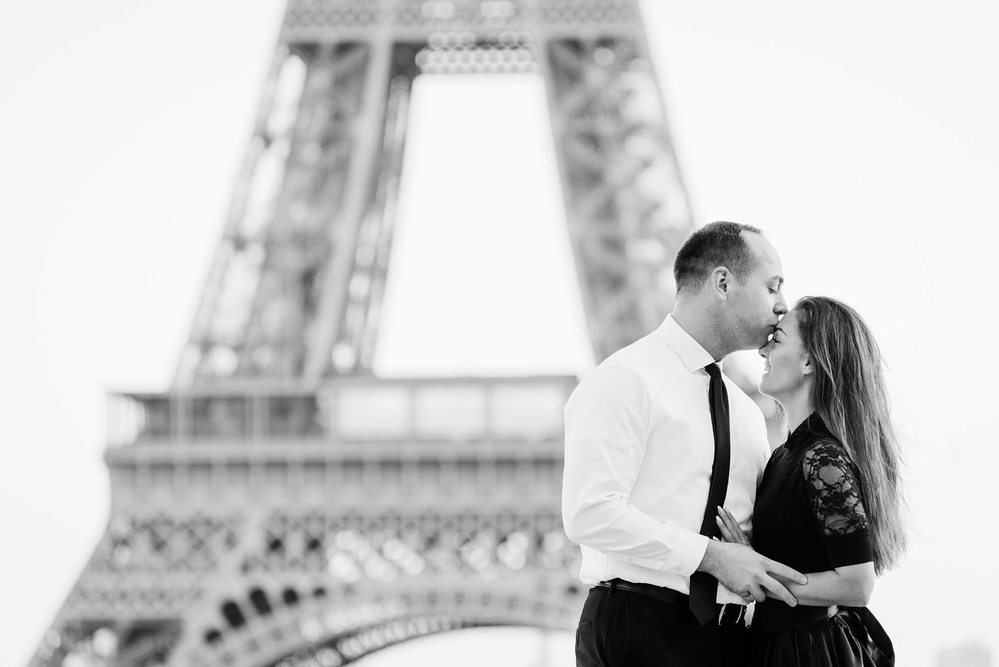 Jennifer and Yannick's Surprise Paris Proposal Photo Shoot at the Eiffel Tower - At Trocadero before the surprise (bw)